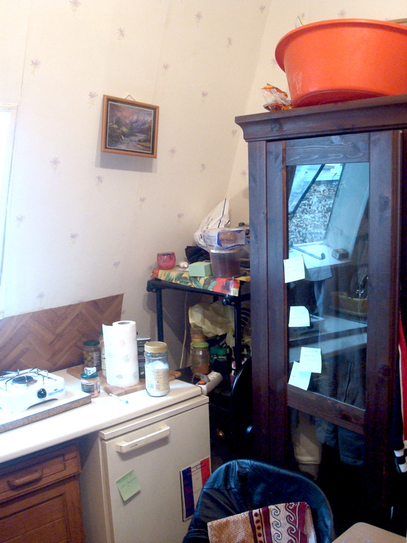 Studio en mauvais état à Paris