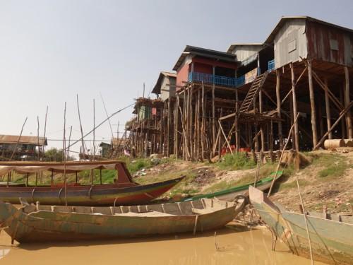 Cambodge: Village flottant Kompong Khleang et Phnom Kulen