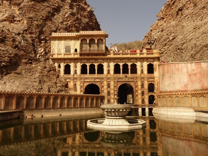 Mon voyage à Jaipur en Inde: Les temples de Galta, Nahargarh et Cénotaphes de Gaitor