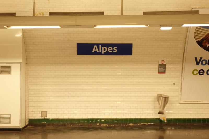 La RATP a  renommée la station de métro Pyrénées à Paris