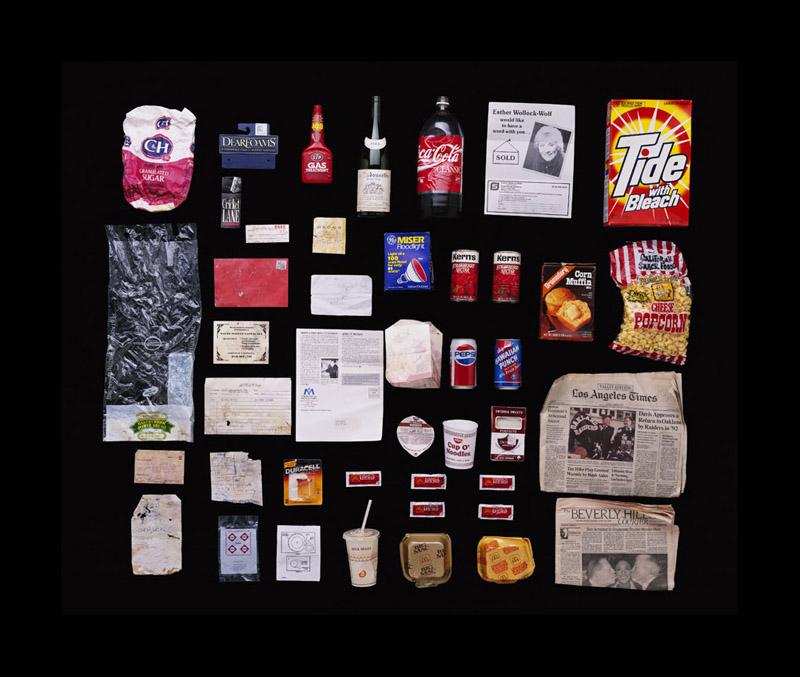 Exposition Trash photographes Bruno Mouron et Pascal Rostain Poubelle de Michael Jackson
