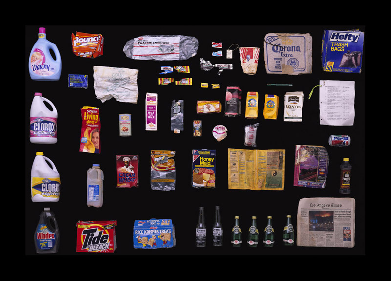 Exposition Trash photographes Bruno Mouron et Pascal Rostain Poubelle de Bruce Willis