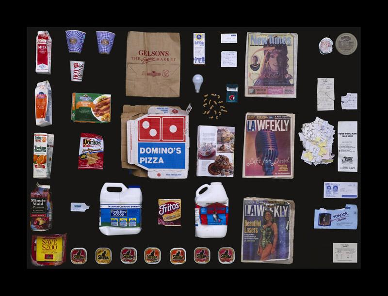 Exposition Trash photographes Bruno Mouron et Pascal Rostain Poubelle de Whoopi Goldberg