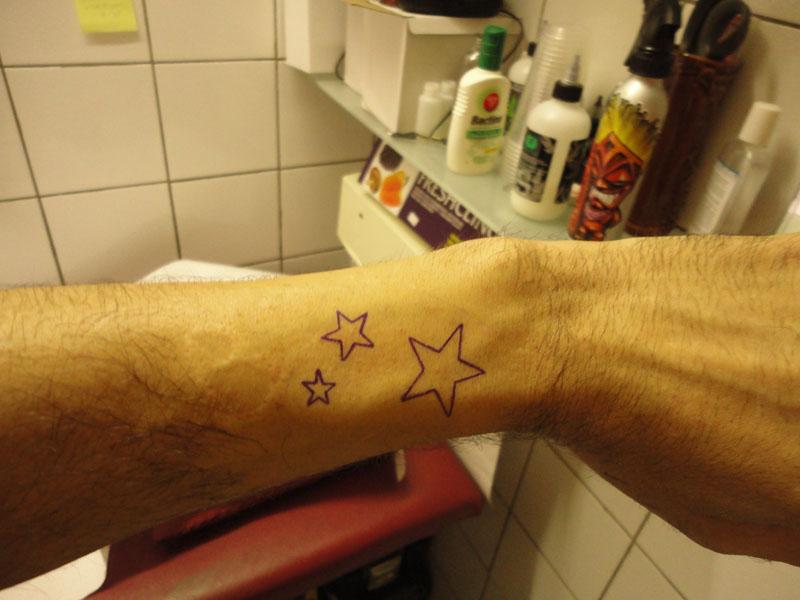 Second tatouage du peintre contemporain Jérémie Baldocchi