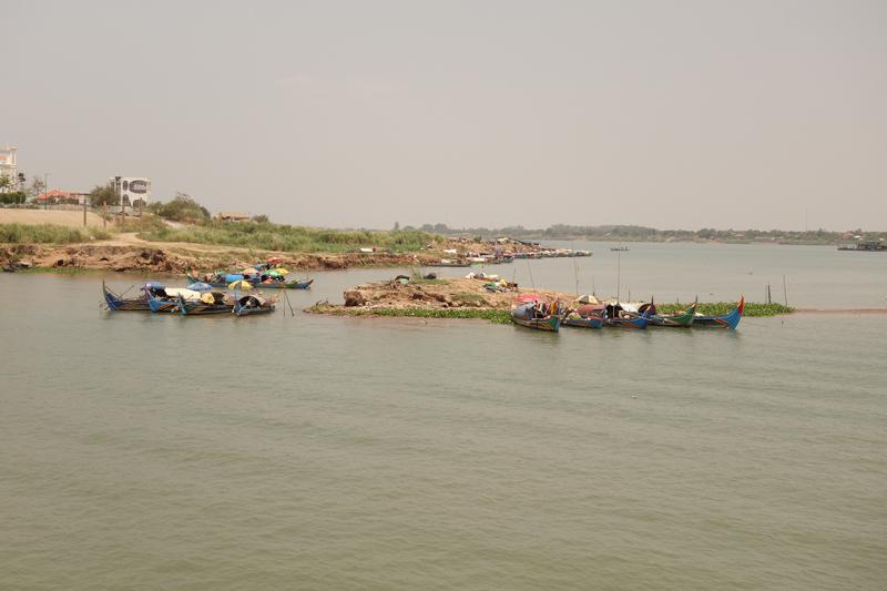 Mon voyage au Cambodge, Silk Island