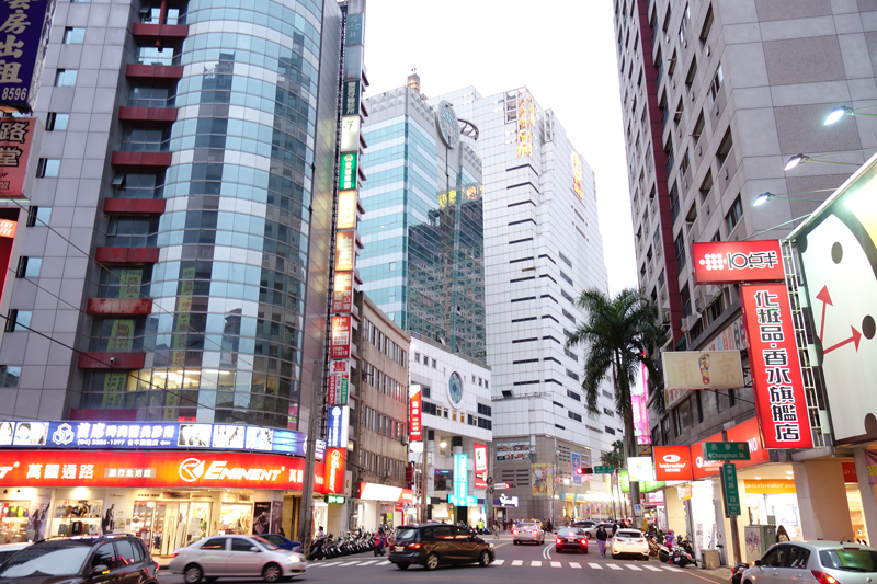 Mon voyage à Taichung à Taïwan Taïwan boulevard Road Taizhonggang Road