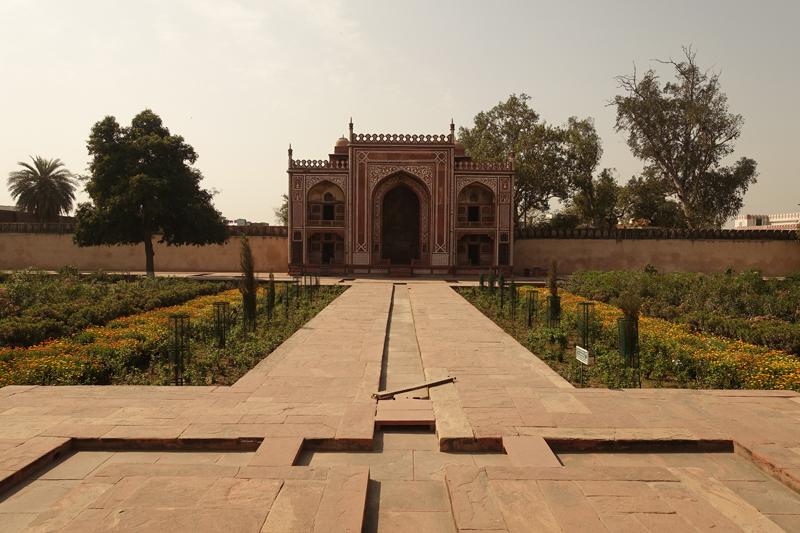 Mon voyage à Agra en Inde TMausolée d'Itimâd-ud-Daulâ Baby Taj